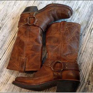 EUC - Frye Harness Boots - Size 6